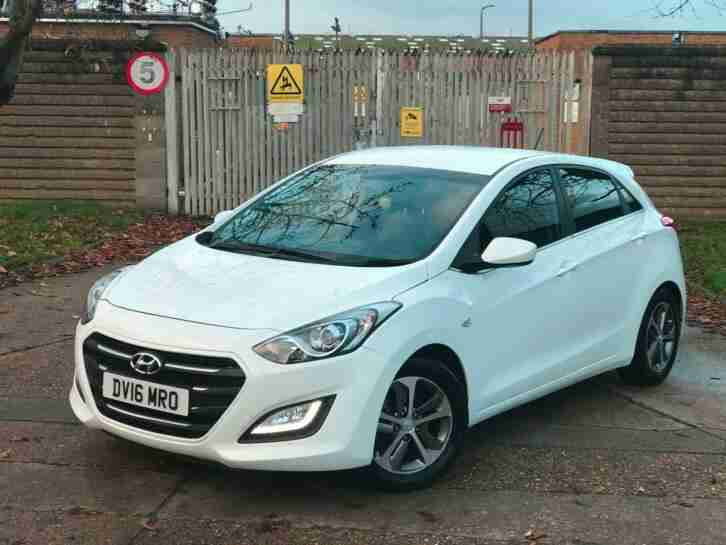 AUTOMATIC .. I30 2016 1.6 CRDI BLUE