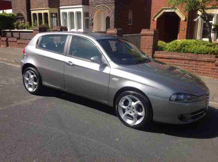 alfa romeo 147 jtdm 16v valve lusso 150 bhp euro 4 spec bose sound. Black Bedroom Furniture Sets. Home Design Ideas
