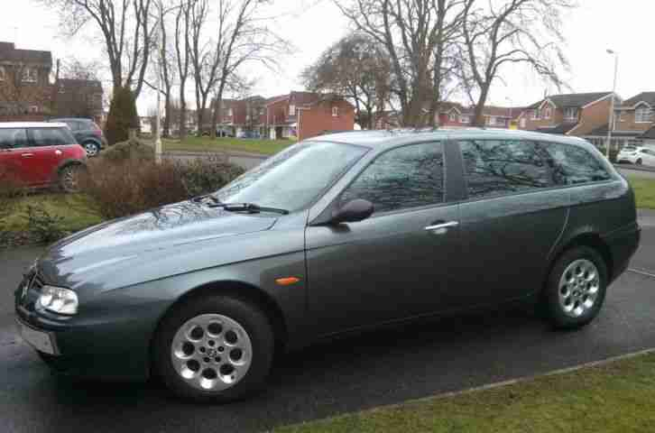 Alfa Romeo 156 2.0 Twin Spark Sportwagon Lusso - full Momo leather interior