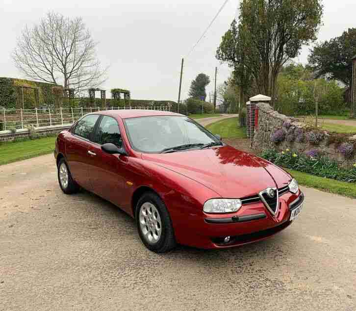 Alfa Romeo 156 2.5 V6 24v Manual 1 Former Keeper And 25,000 Miles Only.