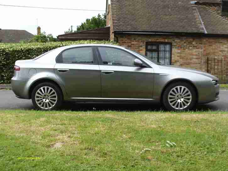 Alfa Romeo 159 1.9 JTDM 2008 with RED LEATHER!!!! Long Mot EXCELLENT CONDITION!