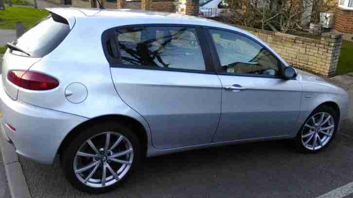 alfa romeo 147 jtdm 1 9 diesel 16v ti special edition 150bhp 6 speed. Black Bedroom Furniture Sets. Home Design Ideas