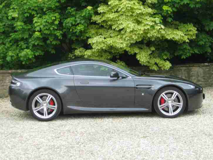 Aston Martin Vantage 4.7 2010 Coupe Manual