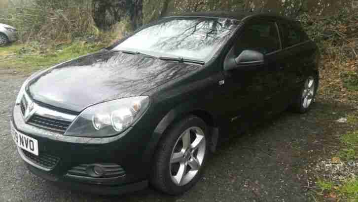 Astra 1.9 CDTI SRI SPORT. BLACK. 3 DOOR