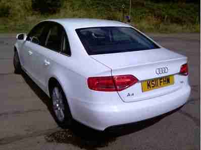 Audi A4 2.0TDI ( 136 PS ) 2011MY SE