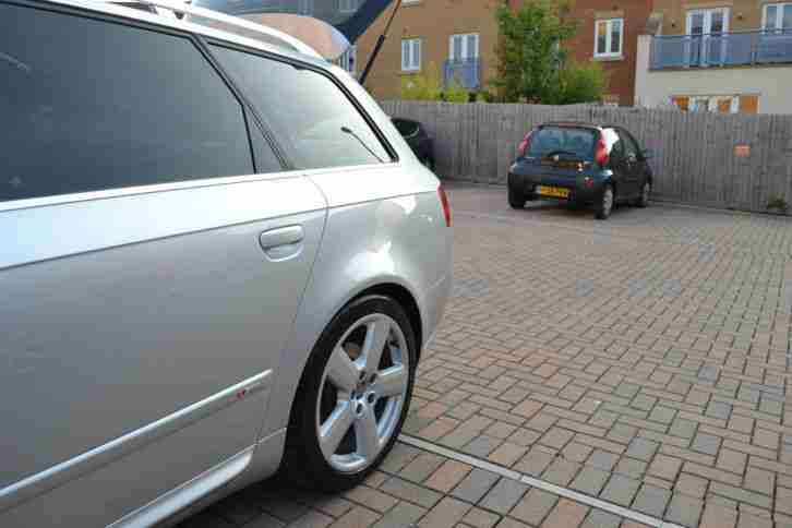 Audi A4 2.7 V6 TDi S Line 5dr ** SAT NAV ** LEATHER SEATS ** STUNNING CAR **