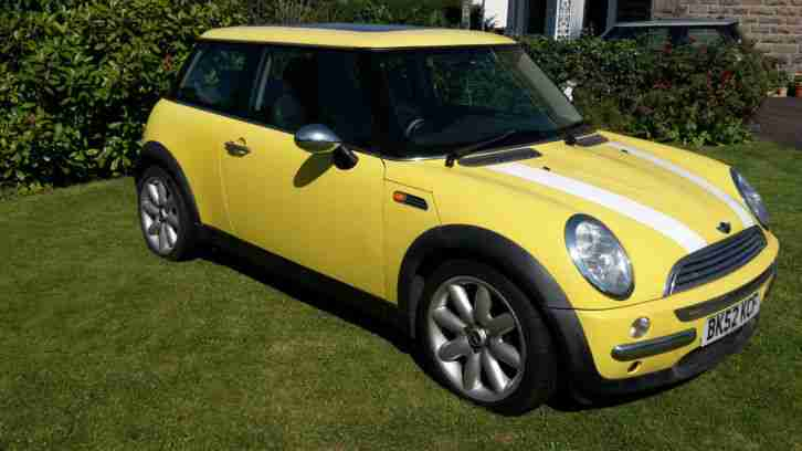mini bmw cooper with panoramic roof car for sale. Black Bedroom Furniture Sets. Home Design Ideas