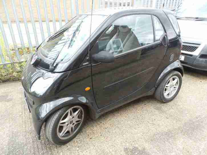 smart black fortwo pure 2003 breaking for parts car for sale. Black Bedroom Furniture Sets. Home Design Ideas