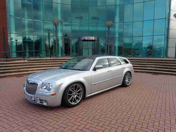 300c CRD ESTATE WITH 20 BENTLEY