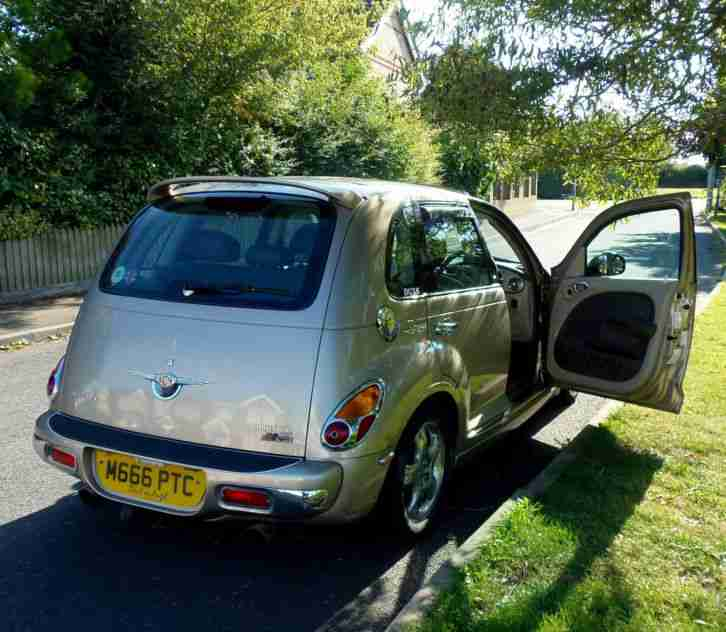 Chrysler PT CRUISER 2002. Car For Sale