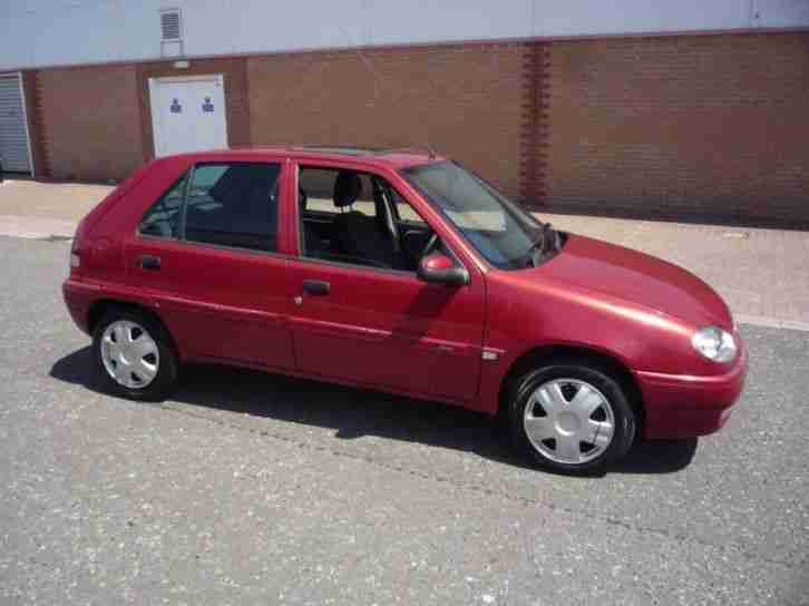 citroen saxo 1 1 desire new mot 2000 petrol manual in red car for sale. Black Bedroom Furniture Sets. Home Design Ideas