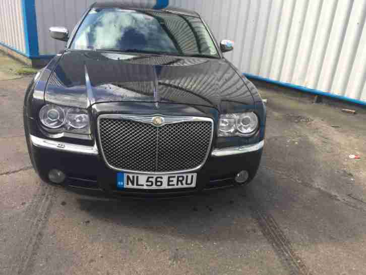 Chrysler 300C 3.0CRD V6 auto FULLY LOADED FSH LOW MILES SWAP PX WHY
