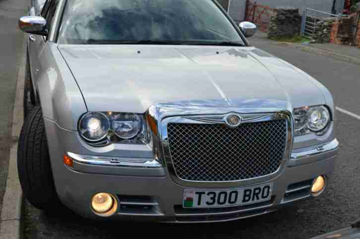 Chrysler 300c auto v6 diesel with private plate car for sale for Chrysler 300c diesel