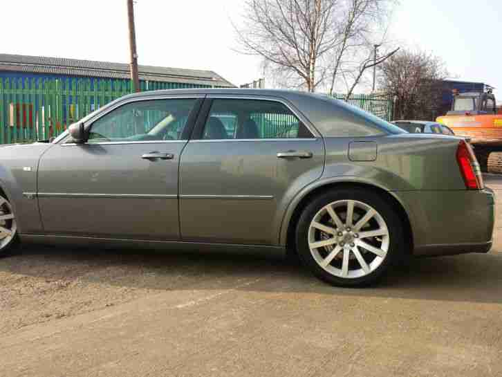 Chrysler 300c SRT 8 6.1 V8 with LPG