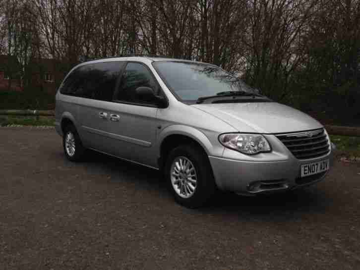 chrysler grand voyager 2 8 crd 2007 auto stow and go car for sale. Black Bedroom Furniture Sets. Home Design Ideas