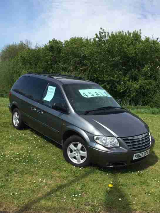 Grand Voyager 2.8 executive