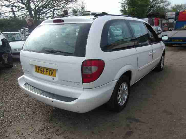 Chrysler Grand Voyager V6 3.3 Auto, Luxury MPV, 7 Seat, Roof Screen, 54 Reg,