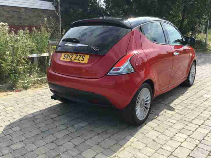 Chrysler Ypsilon 0.9. Chrysler car from United Kingdom