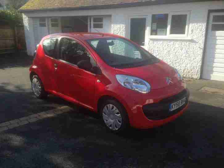 Citroen C1 1.0i. Citroen car from United Kingdom