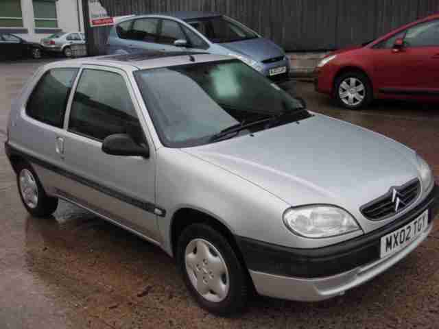 Citroen Saxo 1.1i. Citroen car from United Kingdom