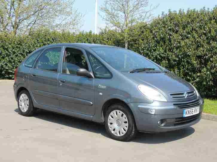 citroen xsara picasso 16v 110bhp desire car for sale. Black Bedroom Furniture Sets. Home Design Ideas