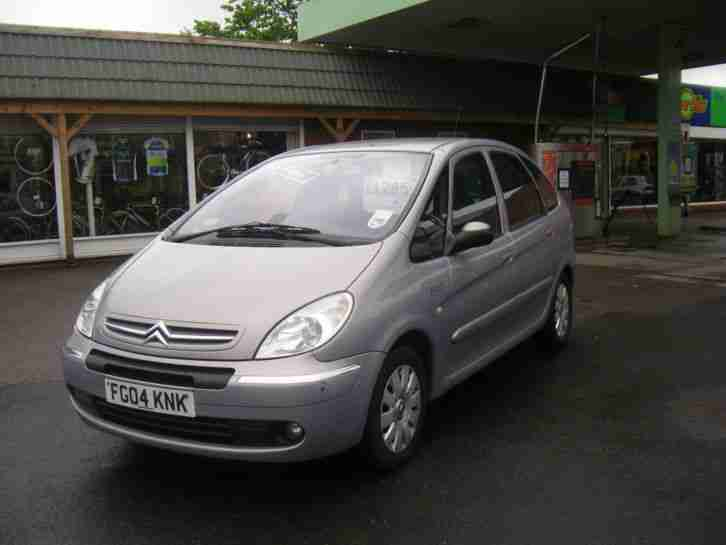 citroen xsara picasso 2 0hdi 90hp 2004my exclusive car for sale. Black Bedroom Furniture Sets. Home Design Ideas