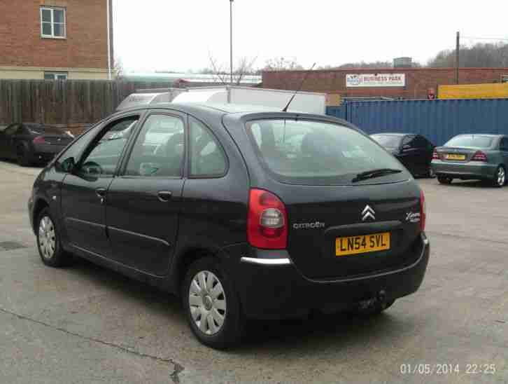 citroen xsara picasso 2 0hdi 90hp desire 2 2004 54 reg 11 months. Black Bedroom Furniture Sets. Home Design Ideas