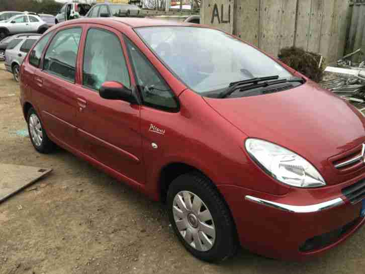 citroen xsara picasso dielsel estate 1 6 hdi exclu 2006 red spares or. Black Bedroom Furniture Sets. Home Design Ideas