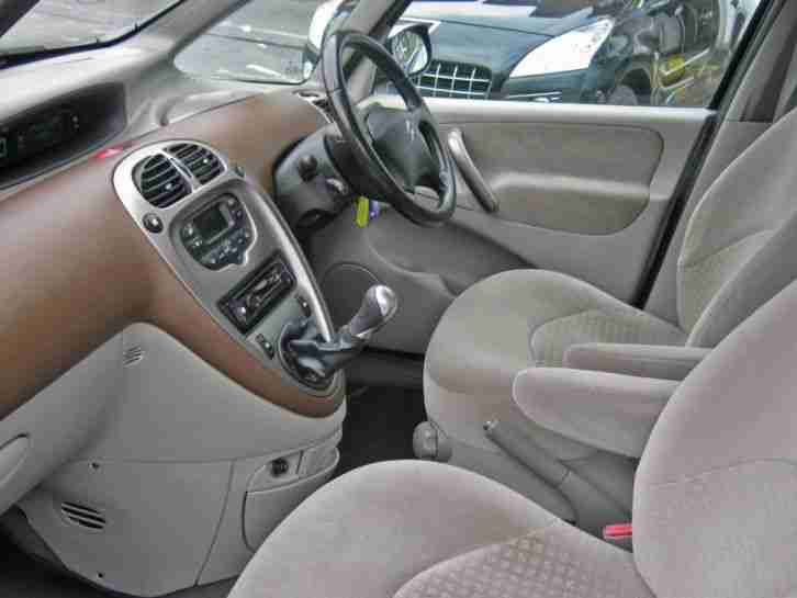 Citroen xsara picasso picasso exclusive 16v petrol manual for Interior xsara picasso