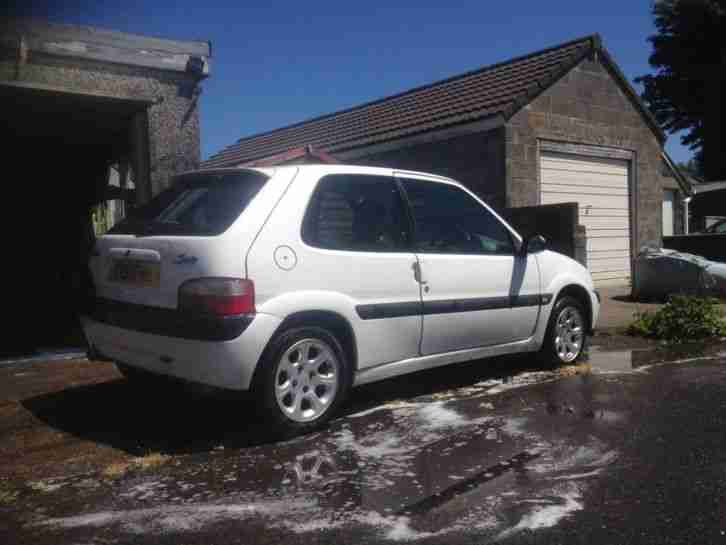 Citroen 2001 SAXO VTR IN ICELAND BLUE WITH FSH. car for sale