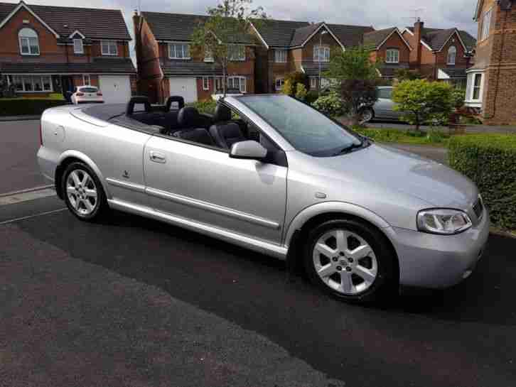 Vauxhall Convertible: 2004. Vauxhall car from United Kingdom