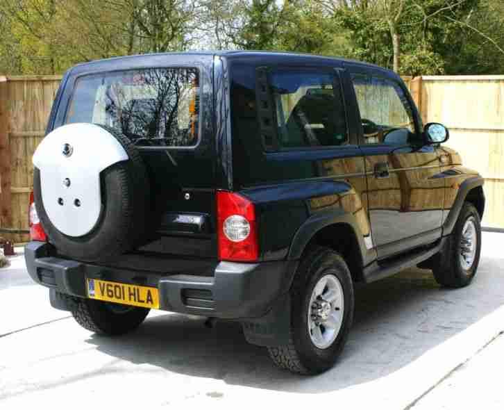 DAEWOO KORANDO 2.3 PETROL BLACK 1 PRIVATE OWNER FROM NEW