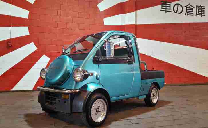DAIHATSU MIDGET II R K100P PICK UP TUK TUK IDEAL PROMOTIONAL A BOARD VEHICLE