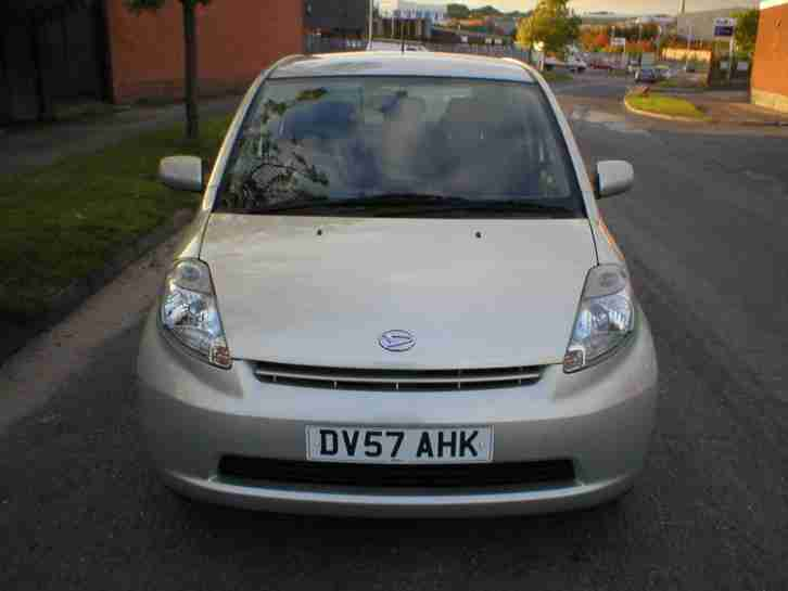 DAIHATSU SIRION 1.3 S 2007 5 DOOR METALLIC GOLD LONG MOT