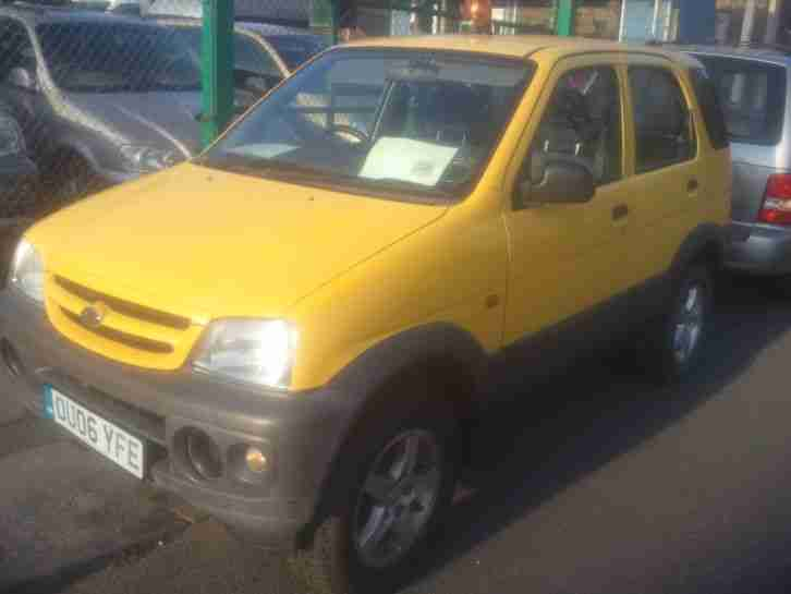 TERIOS 2006 1.3 4X4 5dr YELLOW