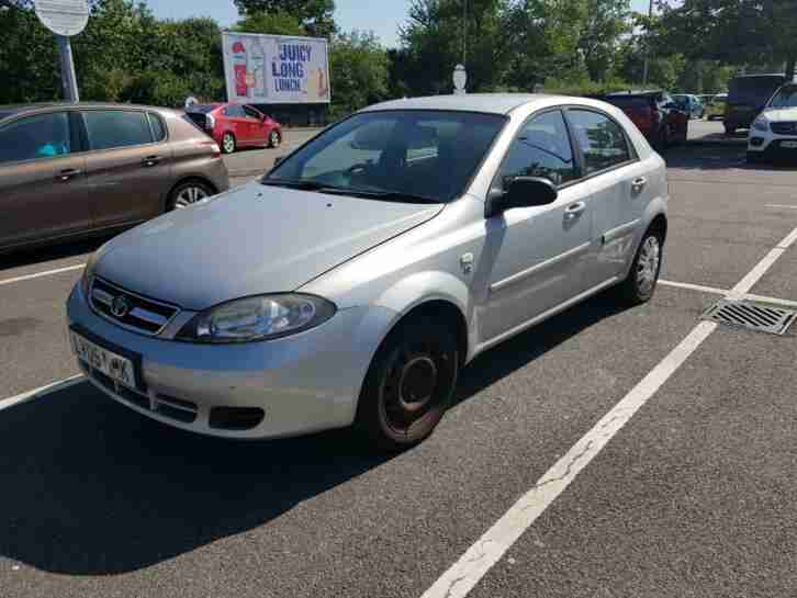 Daewoo Lacetti 1.4 SE, 1 Year MoT..starts and drive,Spares and repairs £395