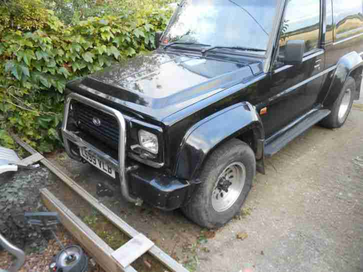 Daihatsu Fourtrak 2.8. Daihatsu car from United Kingdom