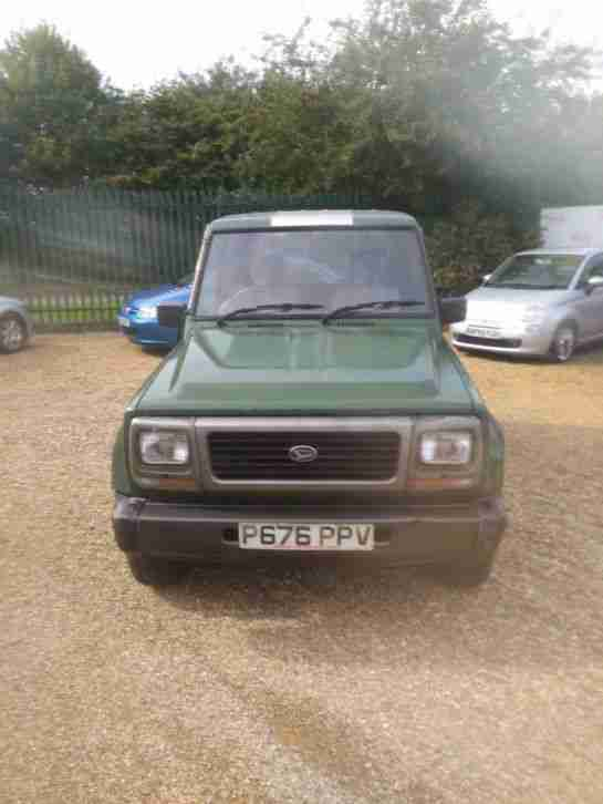 Daihatsu Fourtrak SPARES. Daihatsu car from United Kingdom