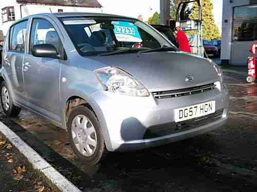 Sirion 1.0 S 5 Dr silver