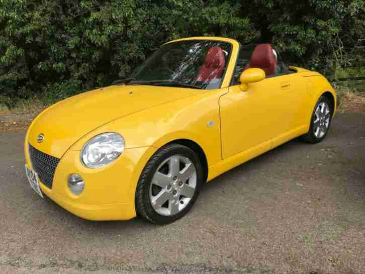 Daihatsu copen 2004 leather 2 dr fantastic summer car