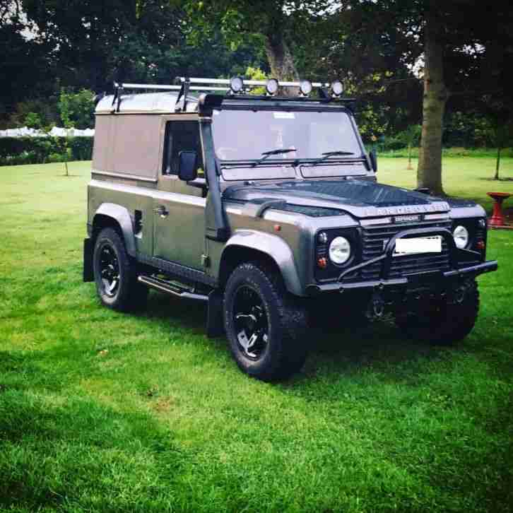 Defender 90 300tdi. Car For Sale