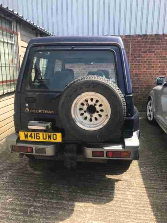 Diahatsu fourtrak W reg mot failure.. drives & goes