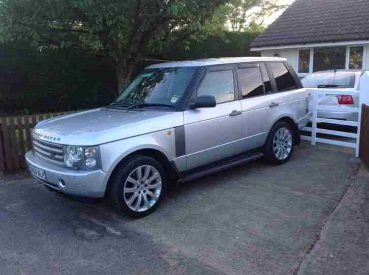 EXCELLENT LAND ROVER. Land & Range Rover car from United Kingdom