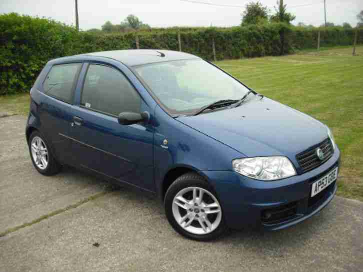 fiat punto 1 2 active sport recent cam belt and service good condition. Black Bedroom Furniture Sets. Home Design Ideas
