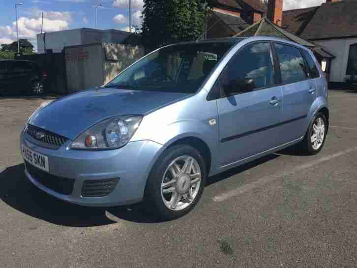 ford fiesta ghia blue 2005 55 12 months mot low miles car for sale. Black Bedroom Furniture Sets. Home Design Ideas