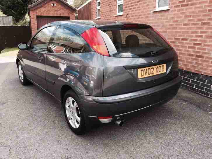 FORD FOCUS 1.6 CHIC~MAGNUM GREY MET~FULL HEATED LEATHER~FULL MOT~LIMITED EDITION