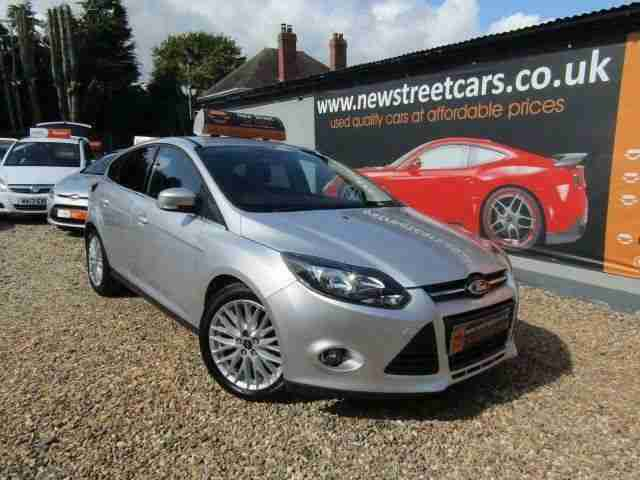 Ford FOCUS 1.6. Ford car from United Kingdom