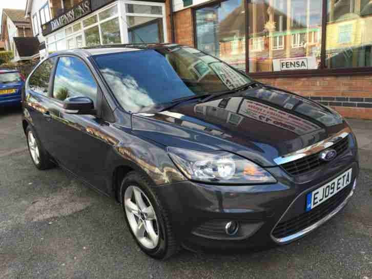 Ford Focus Zetec 3 Door 1 6 Auto 2009 Grey Fully Loaded No Reserve Auction