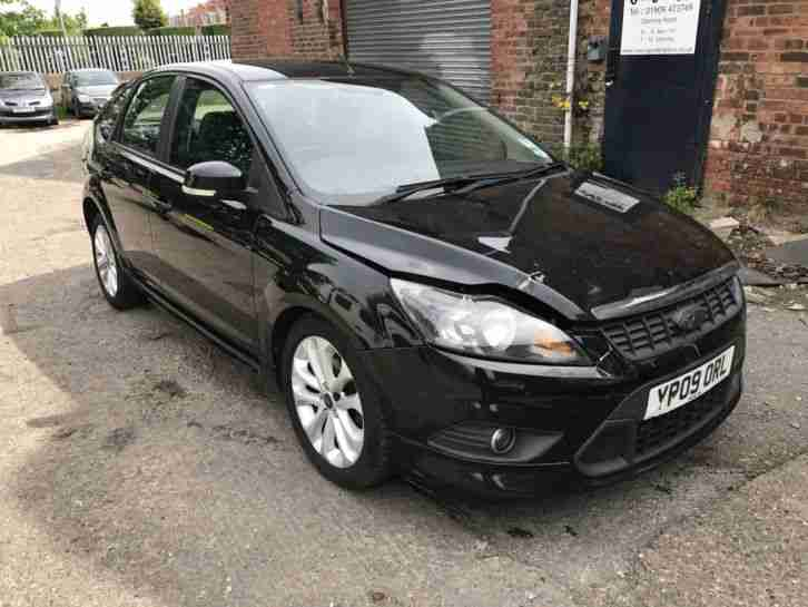 FOCUS ZETEC S 1.6 115 2009 BLACK MINOR