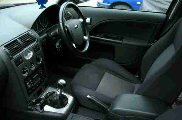 Ford MONDEO ZETEC 2002 HATCHBACK FOR PARTS ONLY Car For Sale